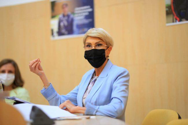 Turcan îndeamnă sibienii să se vaccineze