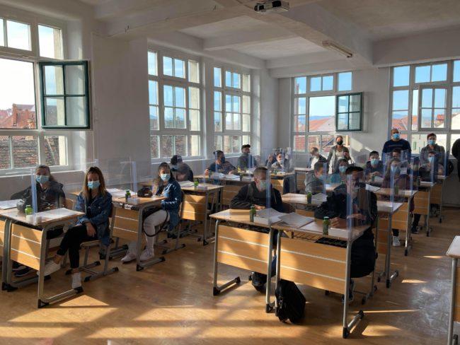 """108 elevi au început școala în clasele Continental, la Liceul Tehnologic """"Independența"""""""