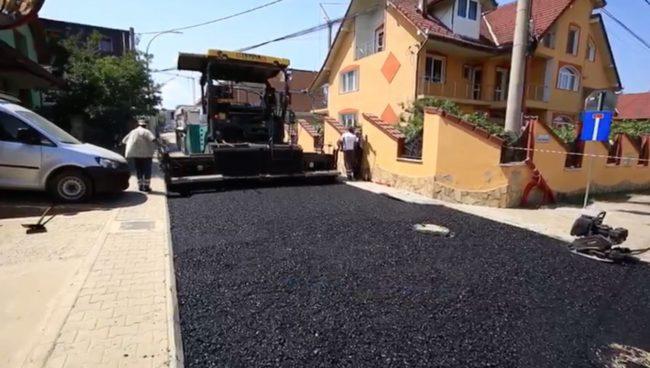 La Șelimbăr continuă lucrările de infrastructură
